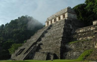 rovina maya